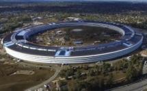 Apple Campus 2 : le futuriste nouveau siège social d'Apple, survolé par un drone