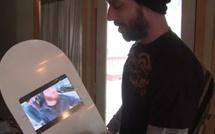 Un SnowBoard avec un iPad 2 intégré en hommage à Steve Jobs